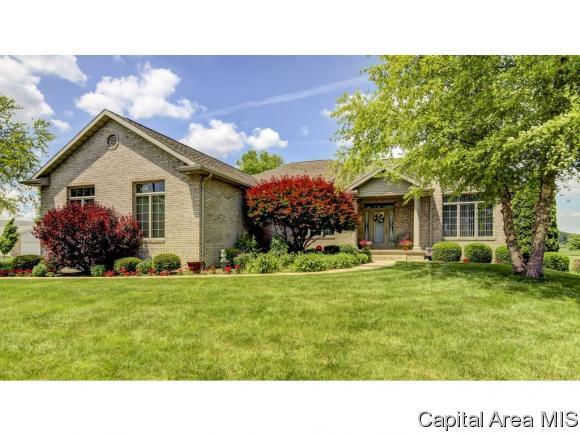 7200 Wentworth Dr, Springfield, IL 62711 (MLS #180922) :: Killebrew & Co Real Estate Team
