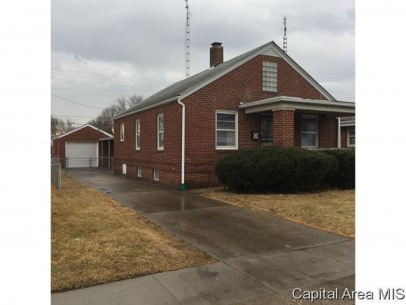 1726 E Keys, Springfield, IL 62563 (MLS #181115) :: Killebrew & Co Real Estate Team