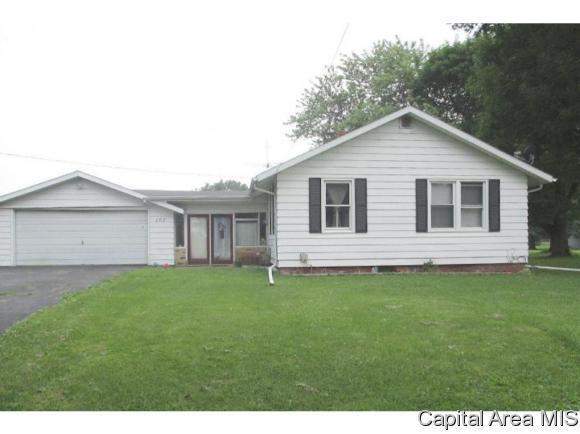 107 E Marion Street, Henderson, IL 61439 (MLS #181140) :: Killebrew & Co Real Estate Team