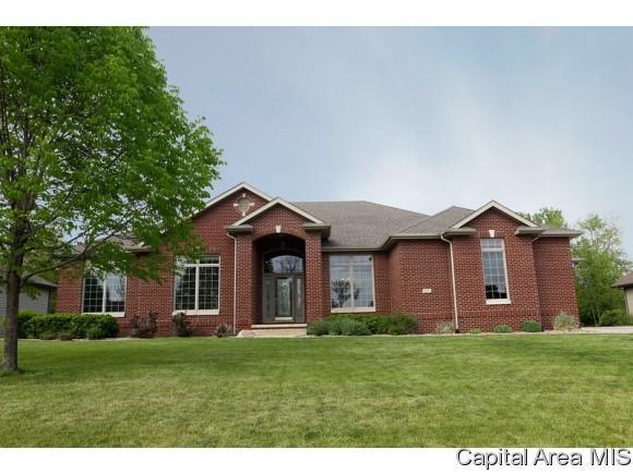 207 Cumberland Dr, Rochester, IL 62563 (MLS #181269) :: Killebrew & Co Real Estate Team
