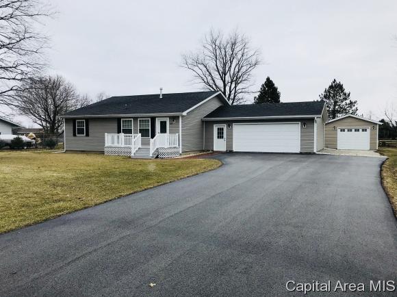 814 S Market, Knoxville, IL 61426 (MLS #181294) :: Killebrew & Co Real Estate Team