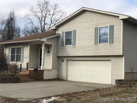 150 W Brown St, Waverly, IL 62692 (MLS #181437) :: Killebrew & Co Real Estate Team