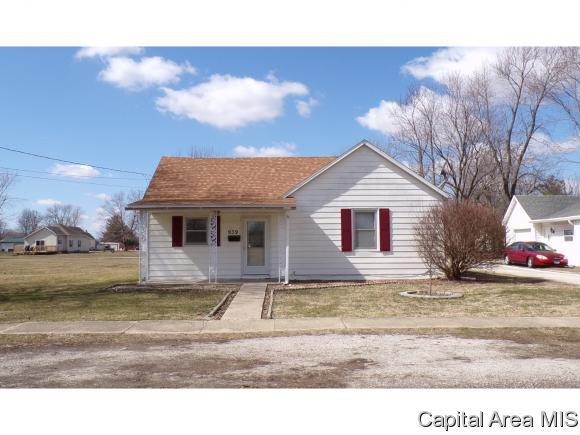 939 N Noble, Virden, IL 62690 (MLS #181472) :: Killebrew & Co Real Estate Team