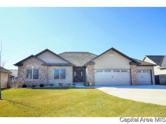 4804 Greenbriar Dr, Springfield, IL 62711 (MLS #181475) :: Killebrew & Co Real Estate Team