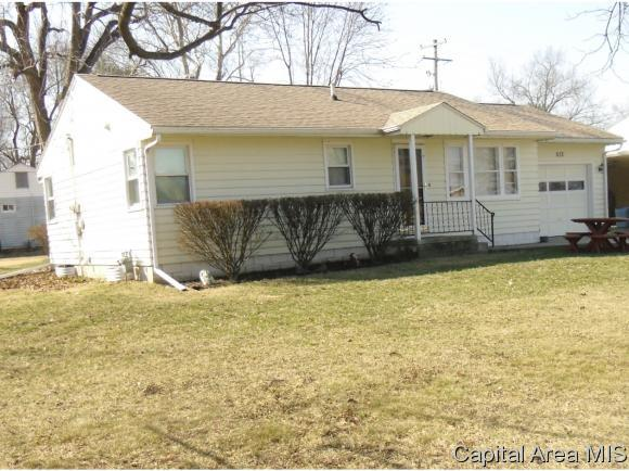 513 W Greenwood, Jacksonville, IL 62650 (MLS #181491) :: Killebrew & Co Real Estate Team