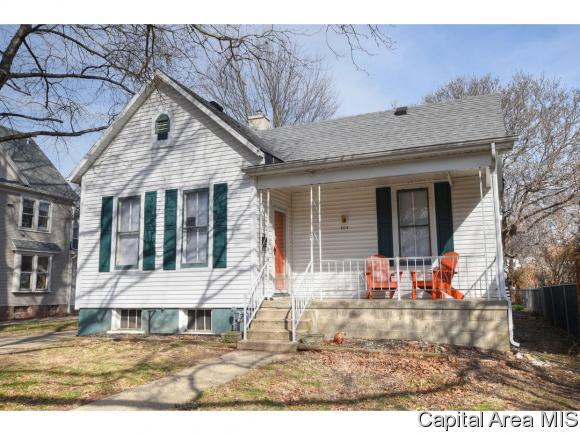 404 S Glenwood, Springfield, IL 62704 (MLS #181535) :: Killebrew & Co Real Estate Team