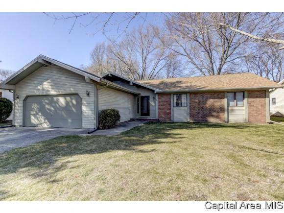 7 Roosevelt, Springfield, IL 62703 (MLS #181541) :: Killebrew & Co Real Estate Team