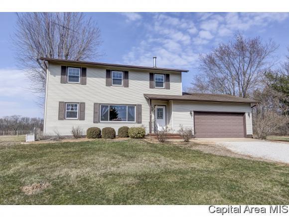 11051 Mallard Dr, Rochester, IL 62563 (MLS #181731) :: Killebrew & Co Real Estate Team
