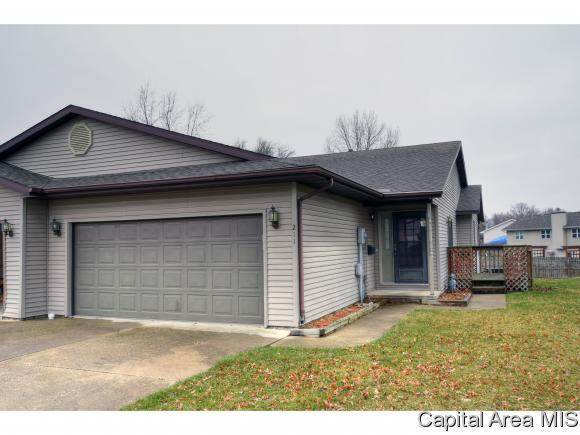 211 Wintergreen Dr, Chatham, IL 62629 (MLS #181842) :: Killebrew & Co Real Estate Team