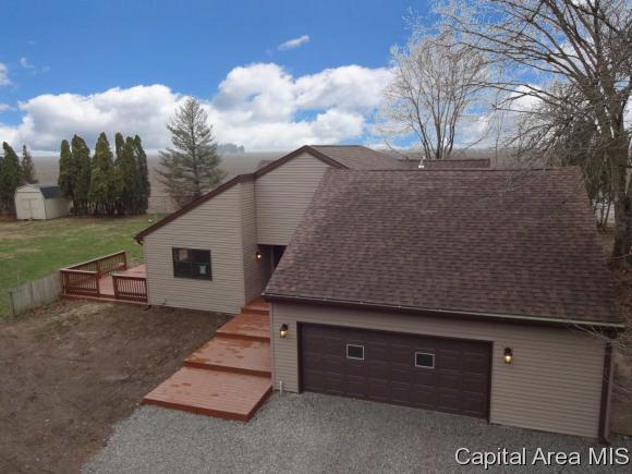 7181 Ramblewood Dr., Rochester, IL 62563 (MLS #181851) :: Killebrew & Co Real Estate Team