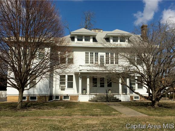 516 N Prairie Street, Galesburg, IL 61401 (MLS #181917) :: Killebrew & Co Real Estate Team