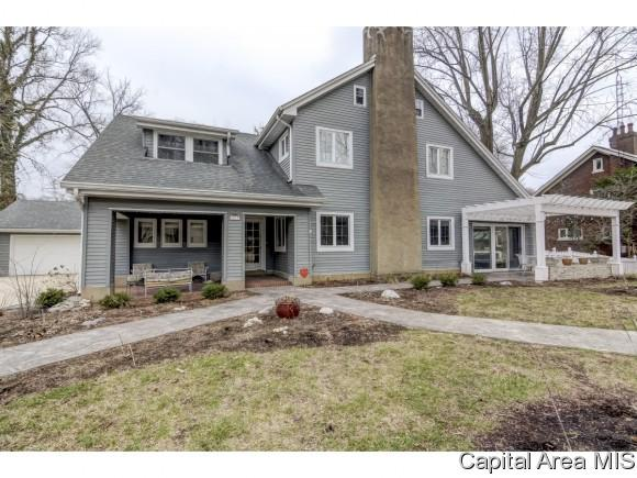 1119 Woodland, Springfield, IL 62704 (MLS #181920) :: Killebrew & Co Real Estate Team
