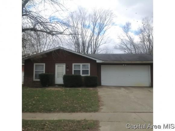 220 W Hawkeye Way, Springfield, IL 62707 (MLS #181921) :: Killebrew & Co Real Estate Team