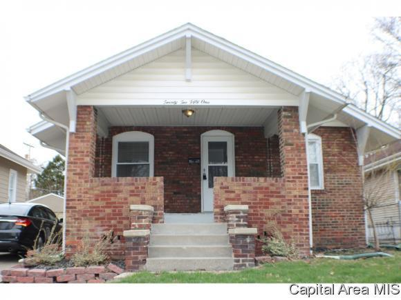 2251 Yale Blvd, Springfield, IL 62703 (MLS #181994) :: Killebrew & Co Real Estate Team