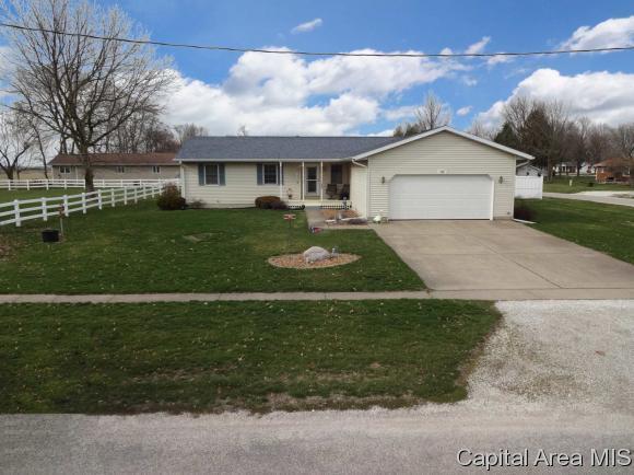 309 W Buchanan St, Ashland, IL 62612 (MLS #182026) :: Killebrew & Co Real Estate Team