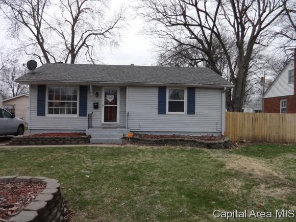 3313 Butler Street, Springfield, IL 62703 (MLS #182056) :: Killebrew & Co Real Estate Team
