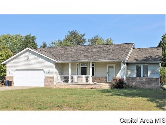 6065 Thresher Dr, Springfield, IL 62712 (MLS #182062) :: Killebrew & Co Real Estate Team