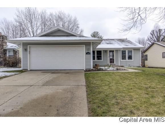 104 Westbrook Dr, Springfield, IL 62702 (MLS #182117) :: Killebrew & Co Real Estate Team
