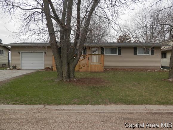 310 N Cedar, Abingdon, IL 61410 (MLS #182238) :: Killebrew & Co Real Estate Team