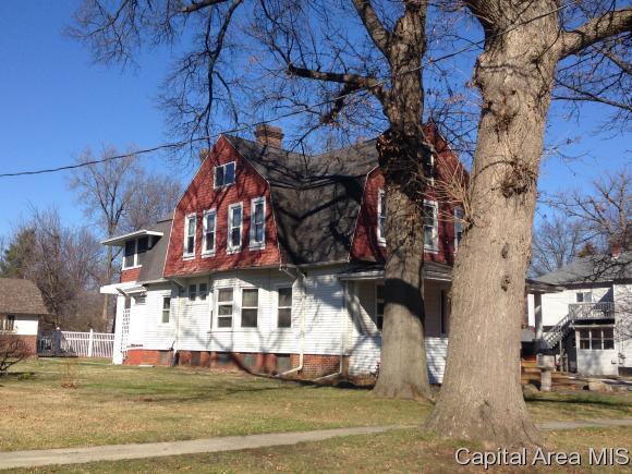 603 S Webster, Taylorville, IL 62568 (MLS #182239) :: Killebrew & Co Real Estate Team