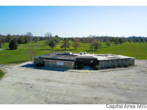 18838 Route 4, Carlinville, IL 62626 (MLS #182267) :: Killebrew & Co Real Estate Team