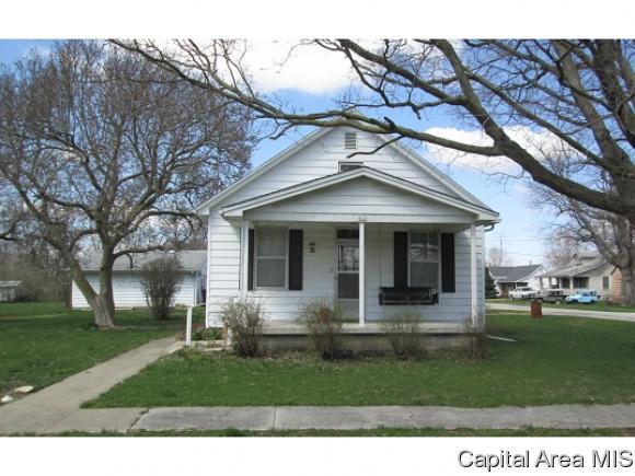 611 Ash St, Chapin, IL 62628 (MLS #182283) :: Killebrew & Co Real Estate Team