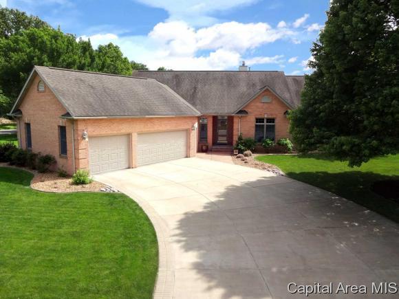 2320 Lake Crest, Springfield, IL 62712 (MLS #182292) :: Killebrew & Co Real Estate Team