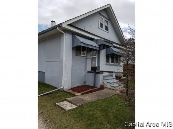 201 Division, Galesburg, IL 61401 (MLS #182368) :: Killebrew & Co Real Estate Team