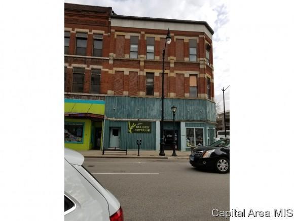 629 E Adams, Springfield, IL 62701 (MLS #182398) :: Killebrew & Co Real Estate Team