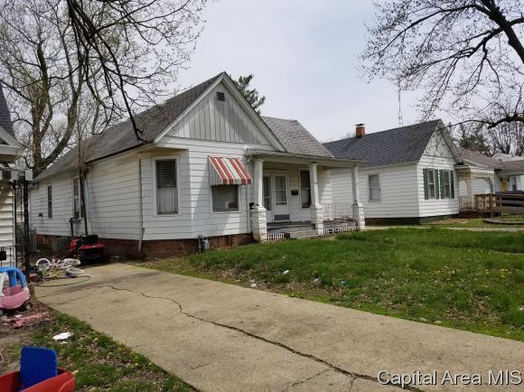 1118 N Macarthur Blvd, Springfield, IL 62702 (MLS #182413) :: Killebrew & Co Real Estate Team