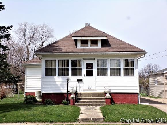 64 S Farnham St, Galesburg, IL 61401 (MLS #182415) :: Killebrew & Co Real Estate Team