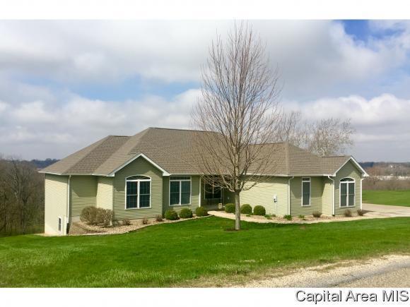 37 Vista Ridge, Petersburg, IL 62675 (MLS #182422) :: Killebrew & Co Real Estate Team