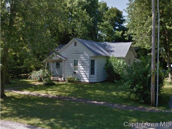417 E 4TH ST, Pleasant Plains, IL 62677 (MLS #182578) :: Killebrew & Co Real Estate Team