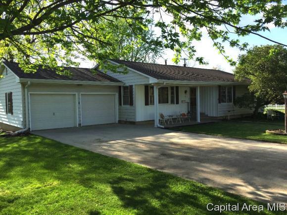 116 N Saratoga St, Ashland, IL 62612 (MLS #182706) :: Killebrew & Co Real Estate Team