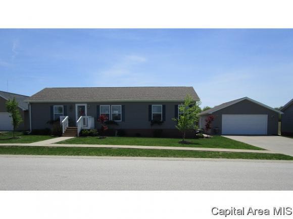 305 Knollwood Way, Jacksonville, IL 62650 (MLS #182784) :: Killebrew & Co Real Estate Team