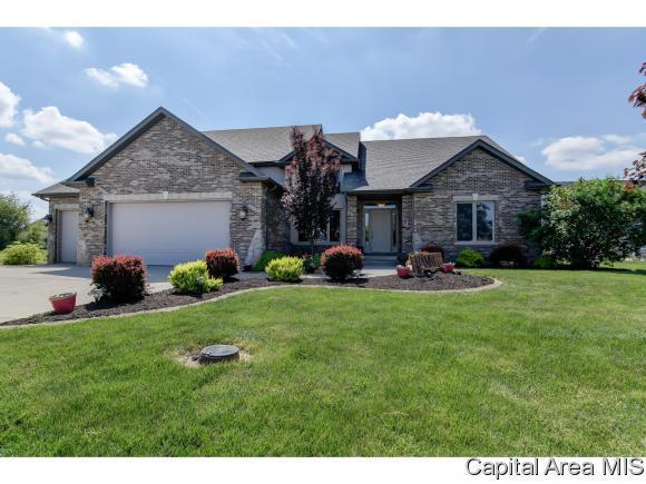 117 Ramblewood Dr, Chatham, IL 62629 (MLS #183074) :: Killebrew & Co Real Estate Team