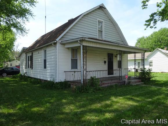 1103 N 15TH ST., Springfield, IL 62702 (MLS #183157) :: Killebrew & Co Real Estate Team