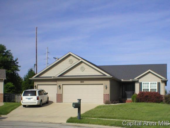 7421 Royal Troon Ct, Springfield, IL 62711 (MLS #183160) :: Killebrew & Co Real Estate Team