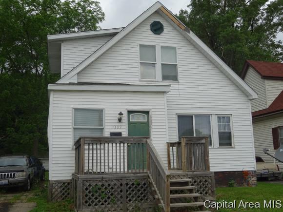 1309 N 15TH ST., Springfield, IL 62702 (MLS #183161) :: Killebrew & Co Real Estate Team