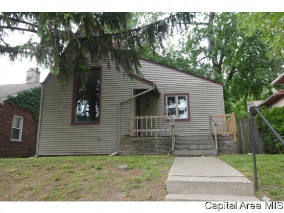 525 Broad Place, Springfield, IL 62703 (MLS #183162) :: Killebrew & Co Real Estate Team