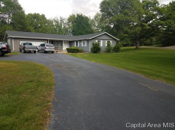 412 Blane Ct, Dawson, IL 62520 (MLS #183177) :: Killebrew & Co Real Estate Team