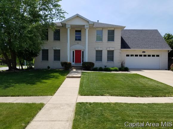 4000 Southwoods Rd., Springfield, IL 62711 (MLS #183215) :: Killebrew & Co Real Estate Team
