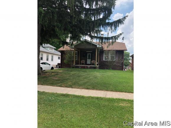 221 N Milton, Springfield, IL 62702 (MLS #183273) :: Killebrew & Co Real Estate Team
