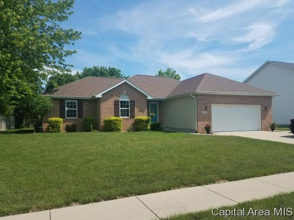 4695 Timberview Dr, Auburn, IL 62615 (MLS #183281) :: Killebrew & Co Real Estate Team