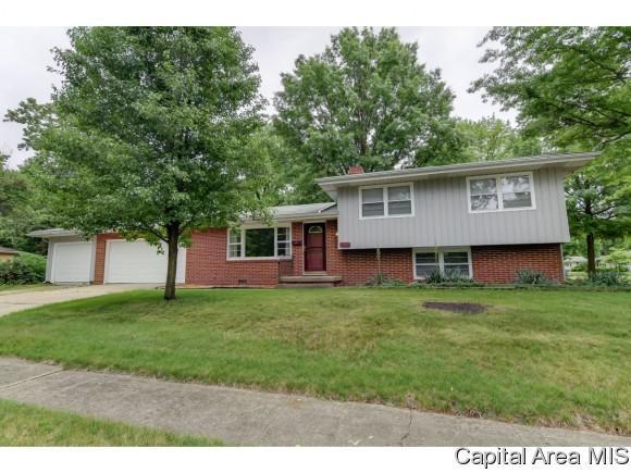 930 Kenyon, Springfield, IL 62704 (MLS #183431) :: Killebrew & Co Real Estate Team