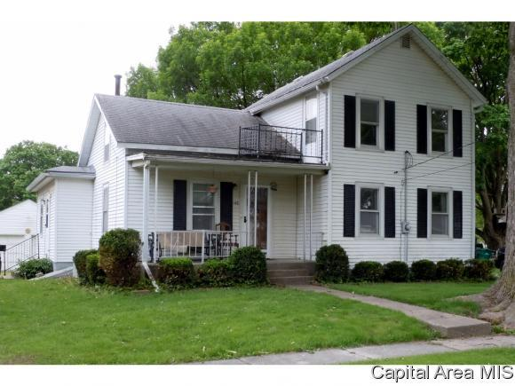 140 W Railroad St, ROSEVILLE, IL 61473 (MLS #183607) :: Killebrew & Co Real Estate Team