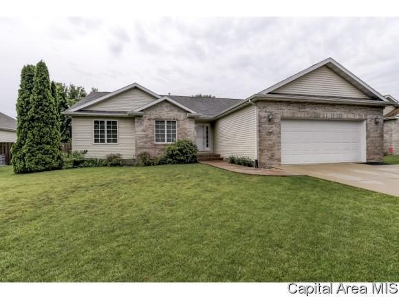708 Goldenrod, Chatham, IL 62629 (MLS #183745) :: Killebrew & Co Real Estate Team