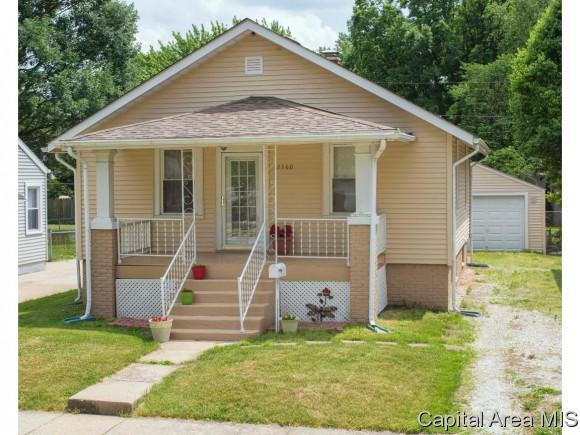 2360 Converse Ave, Springfield, IL 62702 (MLS #183771) :: Killebrew & Co Real Estate Team