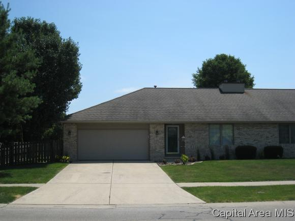 82 Ptarmigan Dr, Chatham, IL 62629 (MLS #183871) :: Killebrew & Co Real Estate Team