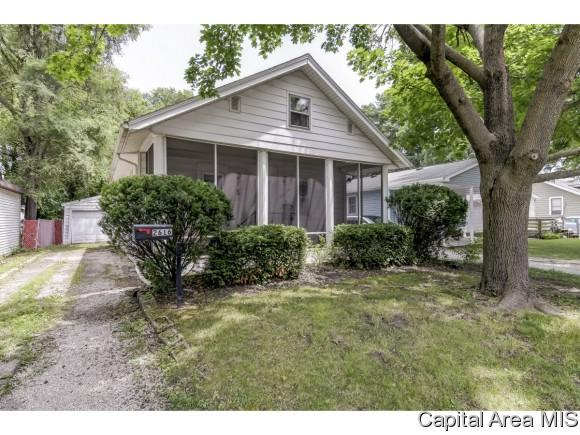 2616 Holmes, Springfield, IL 62704 (MLS #183873) :: Killebrew & Co Real Estate Team
